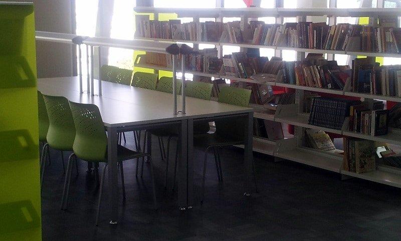 biblioteca escuela ideo